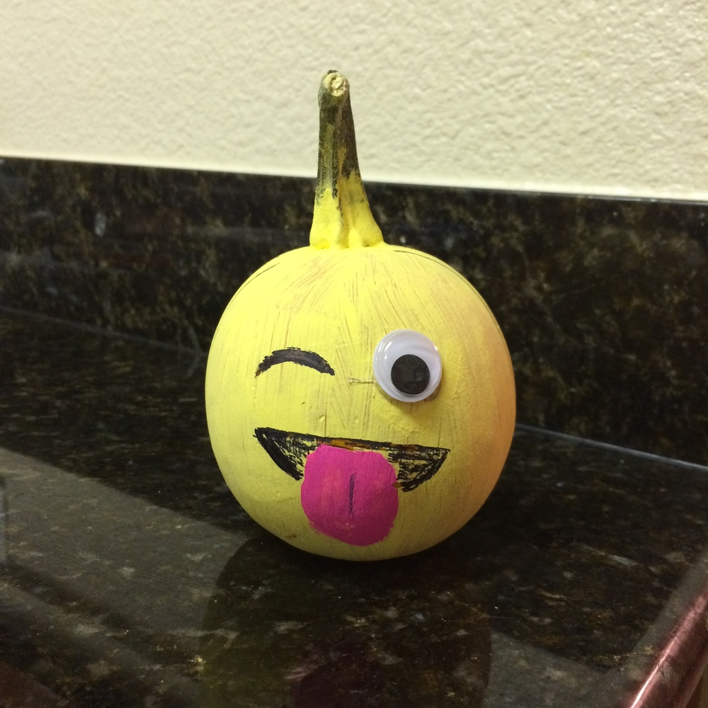 Emoji pumpkins are officially my favorite take on painting pumpkins.