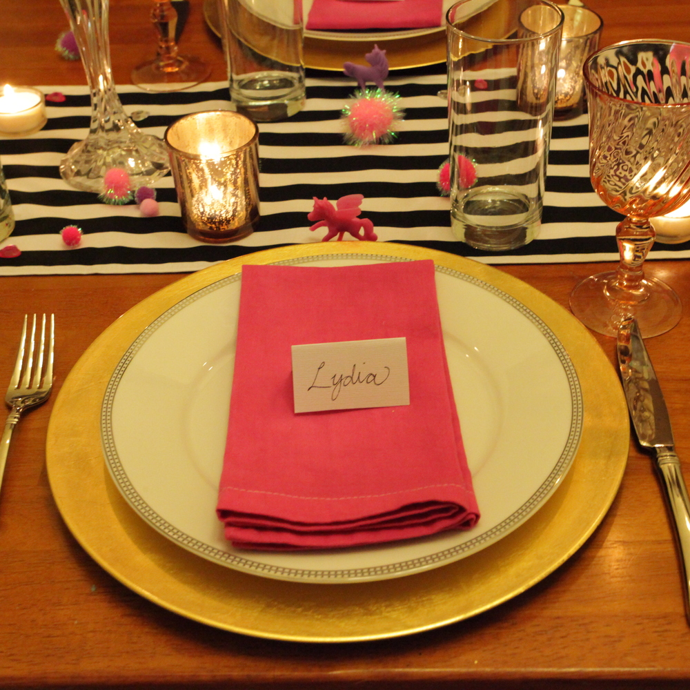 HOT PINK GALENTINE'S DAY TABLE DECOR. - FEB. 2015
