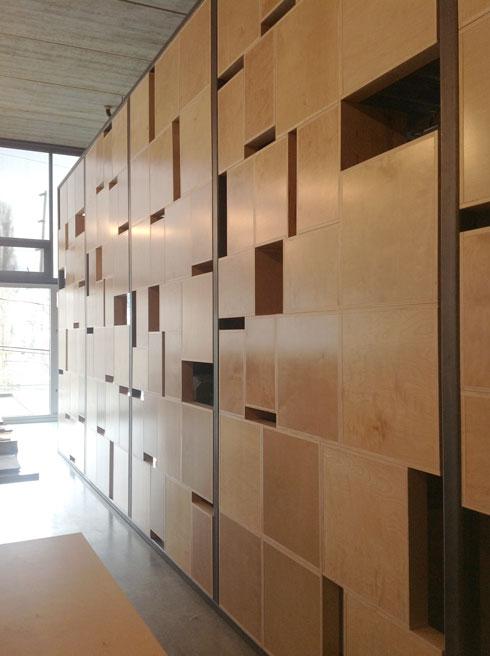 Box Wall Cast Architecture