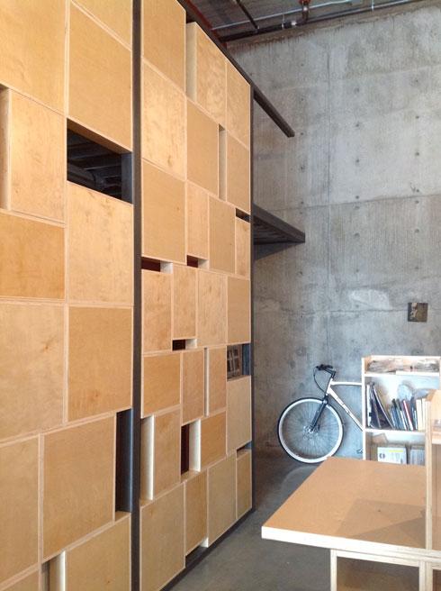 box-wall-2