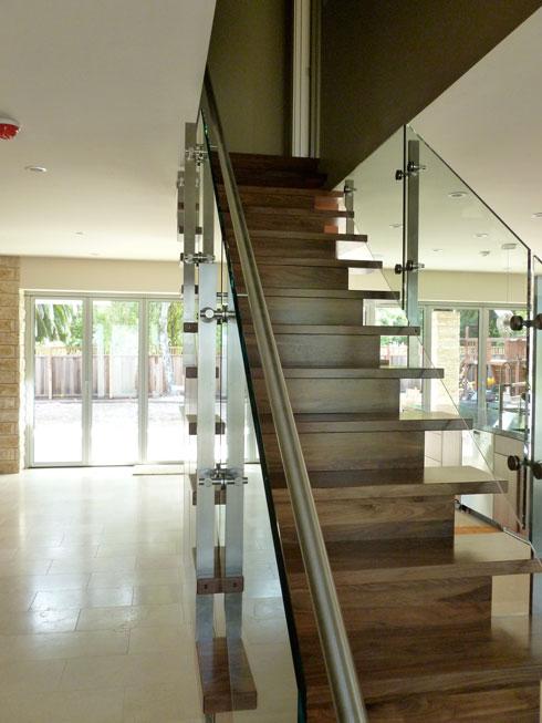 saratoga-staircase