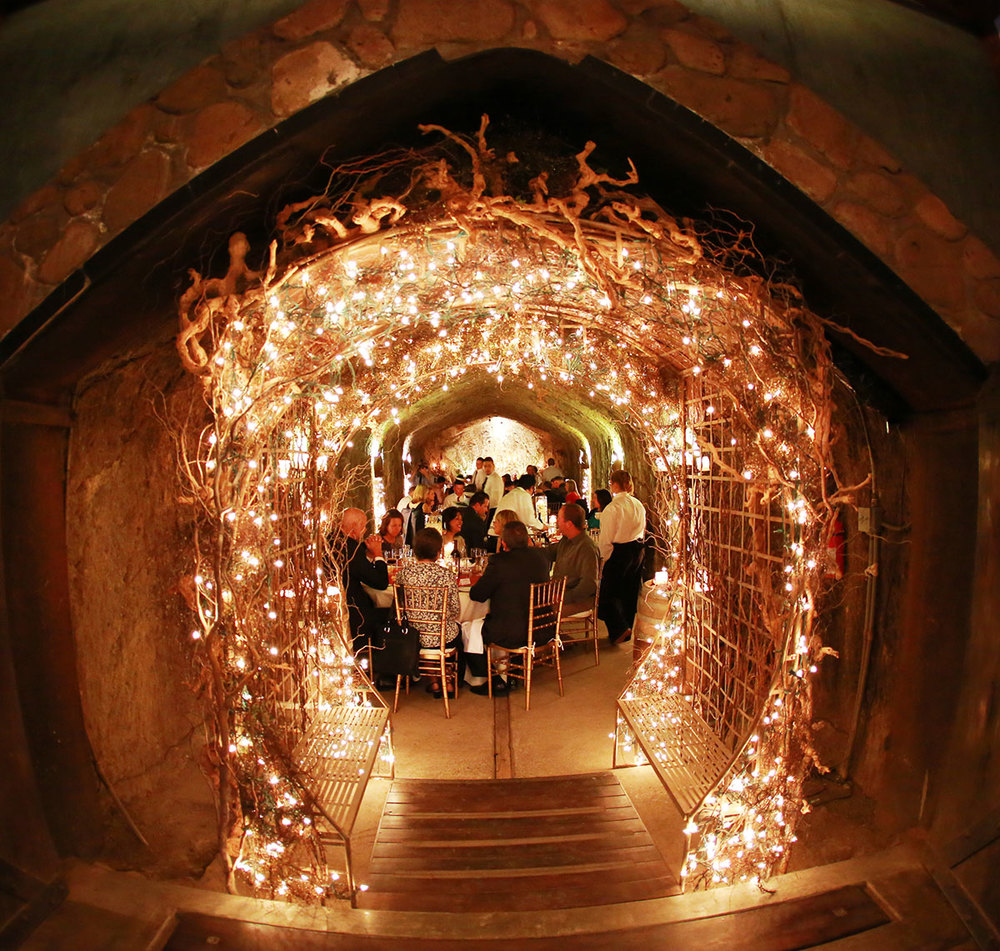 The entrance to Hans Fahden's wedding reception cave is quite gorgeous. Luv it!