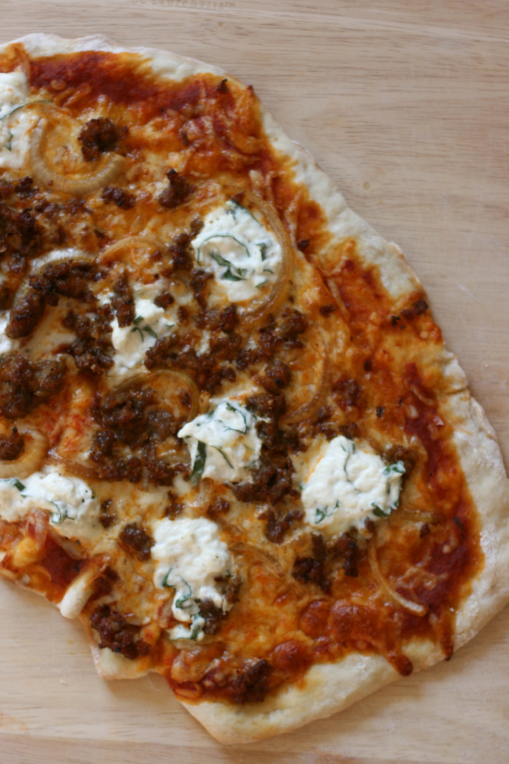 sausage and onion pizza