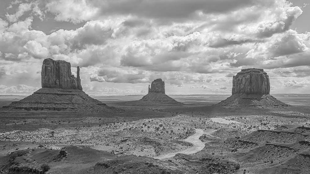 Monument Valley-2.jpg