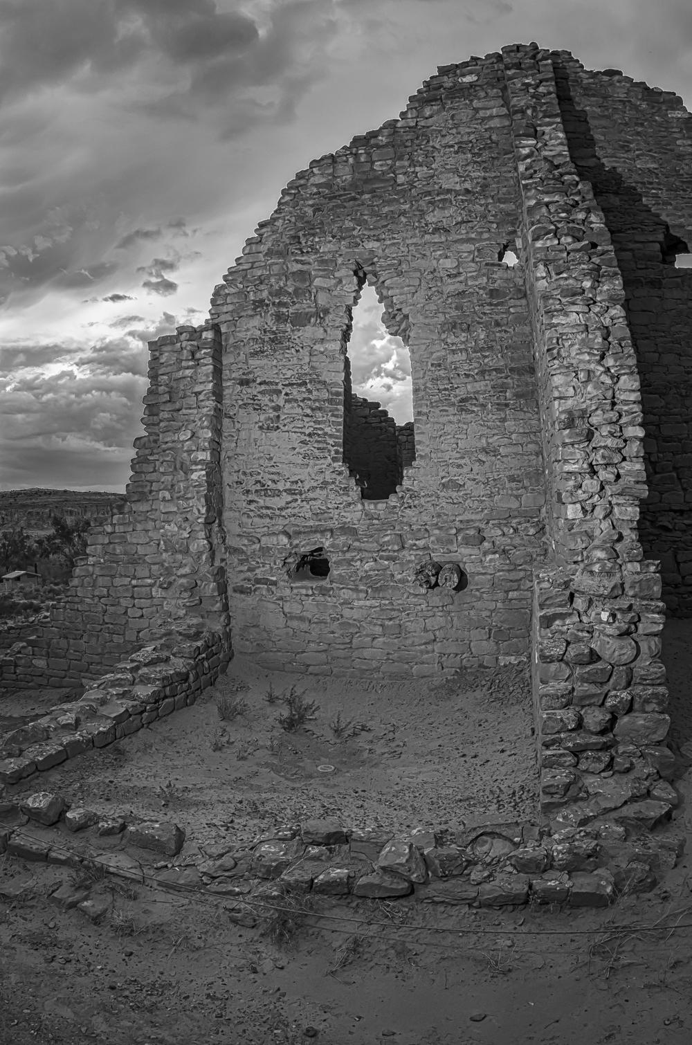 Chaco Canyon-1.jpg