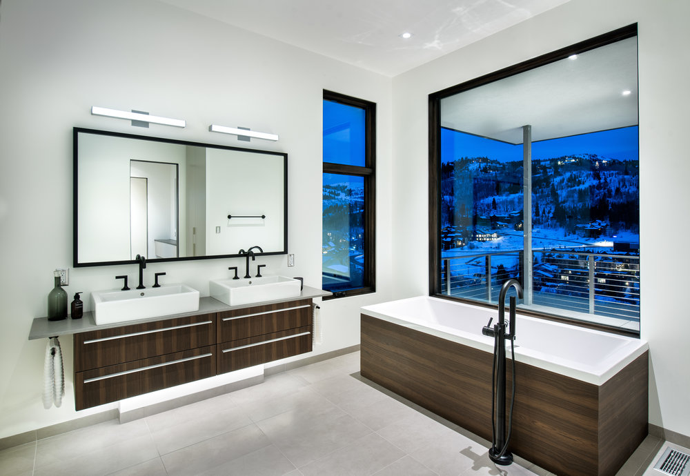 Master_Bath_Twilight-v3a-3441.jpg