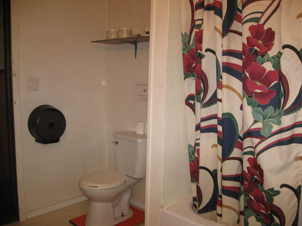 Hostel Room Pictures (1).JPG