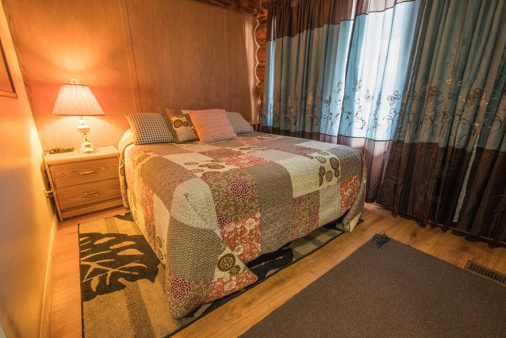Room 18 (2).jpg