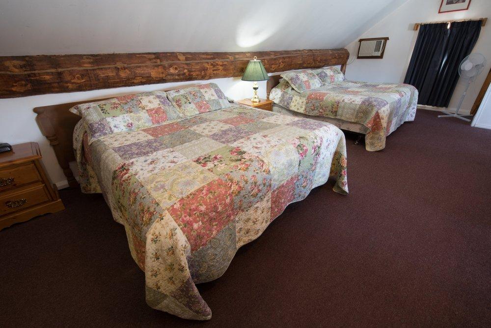 Room 31 (11).jpg