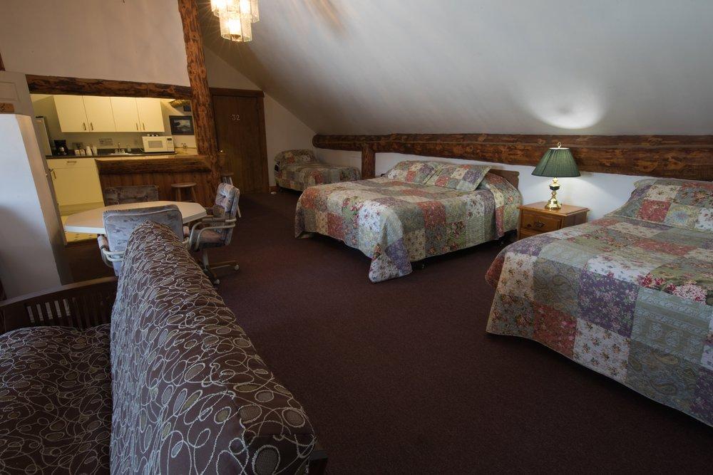 Room 31 (4).jpg