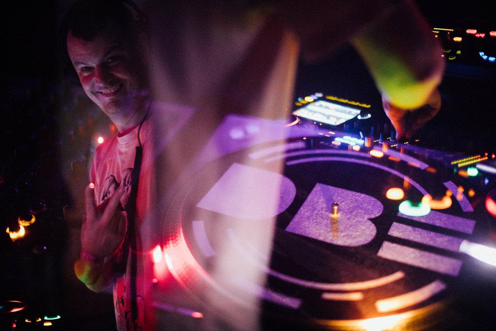 DJ Haus - DBE