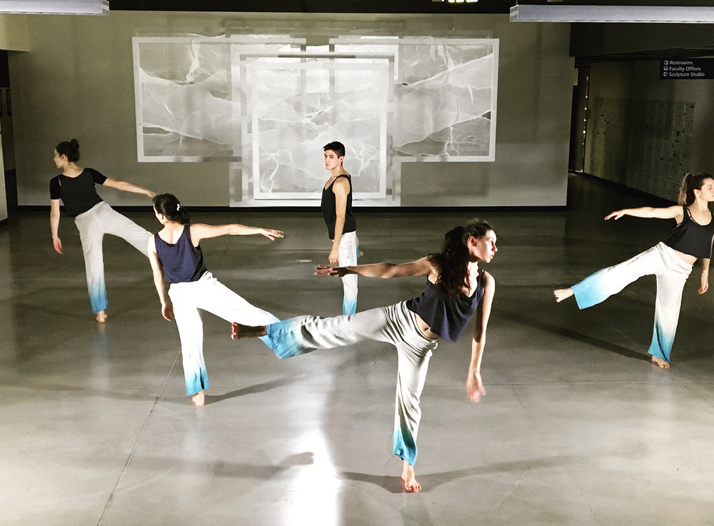 web_RAW_dancers.jpg