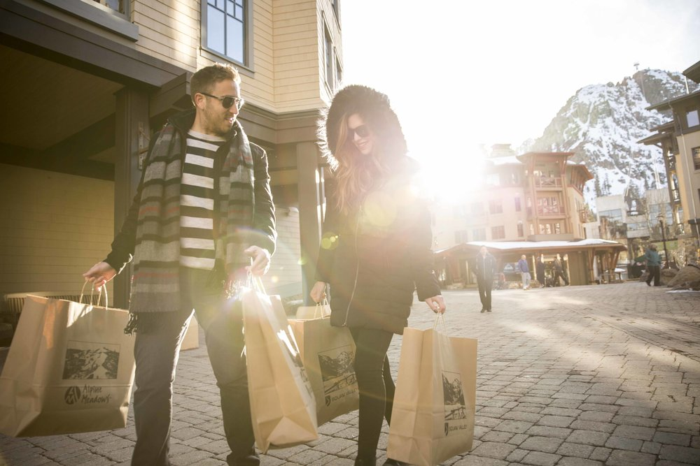 20161118_BA Village shopping LIfestyle_1302.jpg