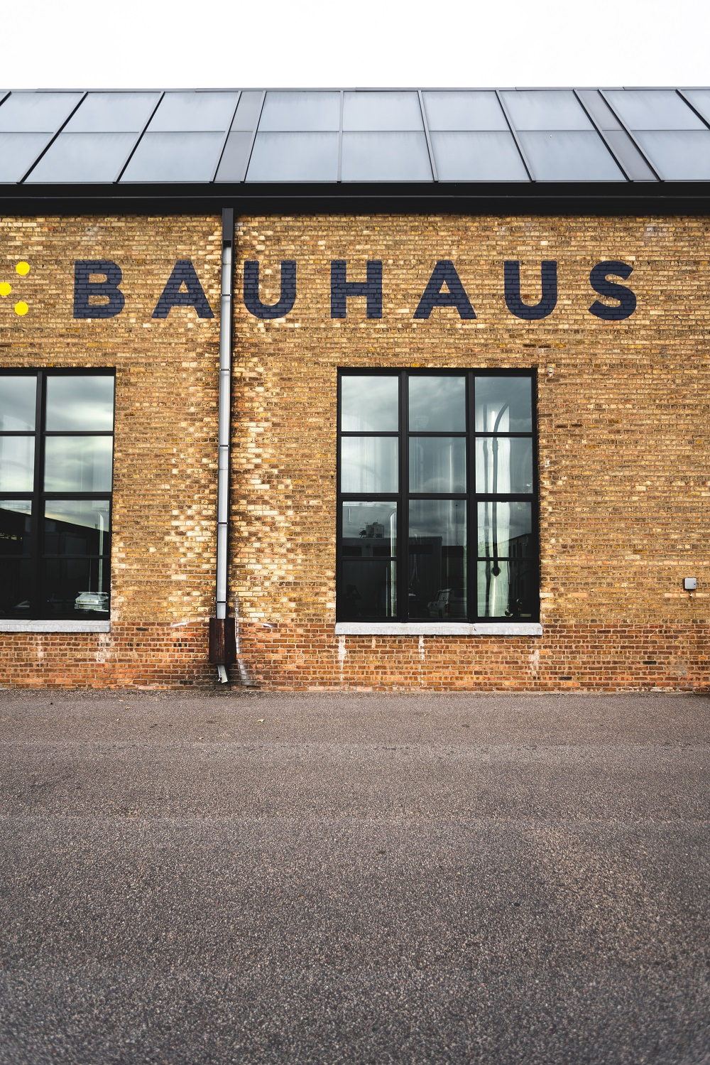 _ BAUHAUS BREW LABS    _ OUTDOOR ADVERTISEMENT    _ 2017