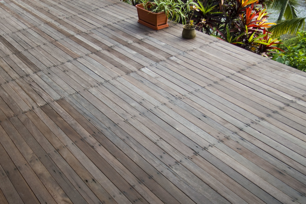 Decking Solid Hardwood Exterior such as those offered by Kayu Naga Bali