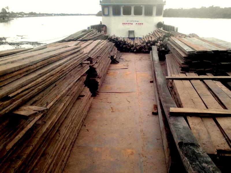 Ulin on boat