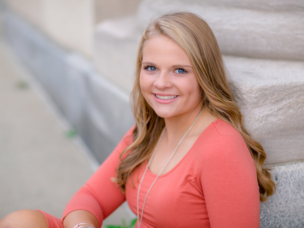 Alexis_Scalise_Senior_08.jpg