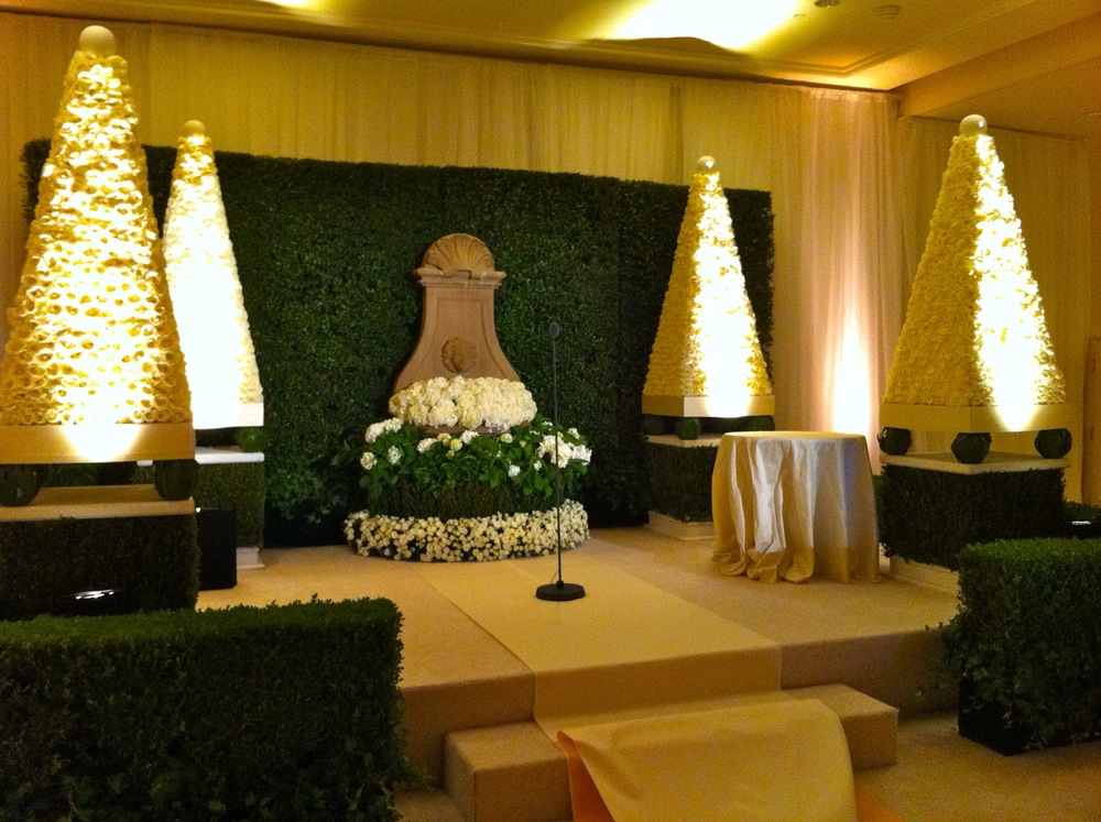 Design Sound - Low Profile Ceremony Microphone - Beverly Wilshire.jpg
