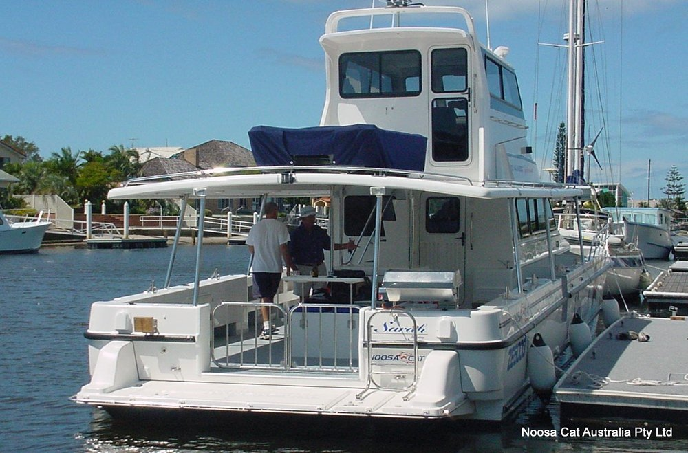 5000 Walkabout Flybridge (2).jpg