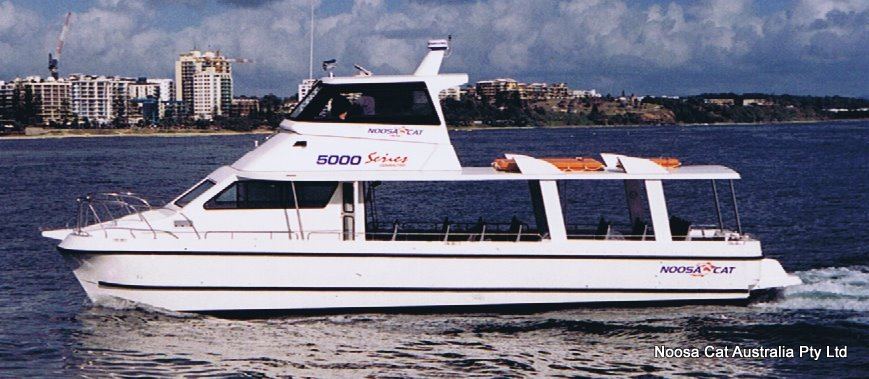 Noosa Cat 5000 Walkabout Flybridge Ferry (3).jpg