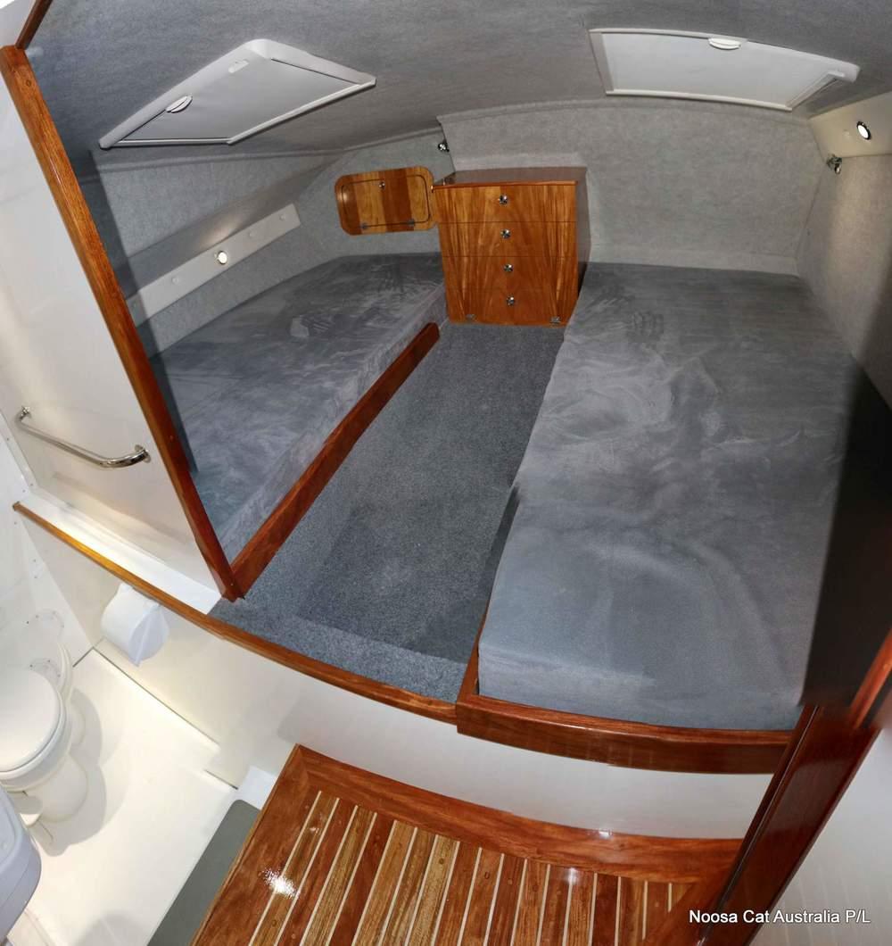 4800 Sportscruiser Flybridge  (8).jpg