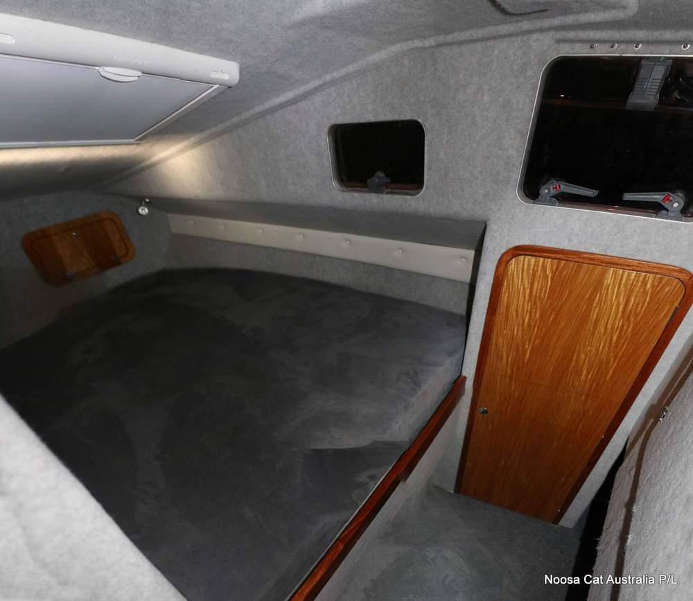 4800 Sportscruiser Flybridge  (12).jpg