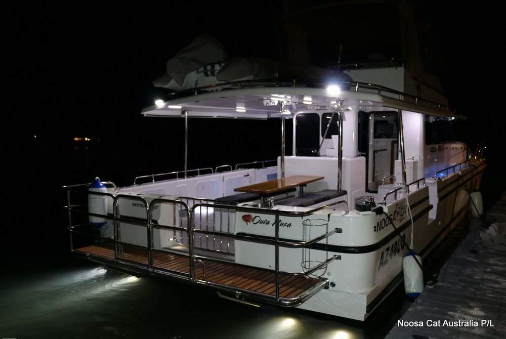 4800 Sportscruiser Flybridge  (15).jpg