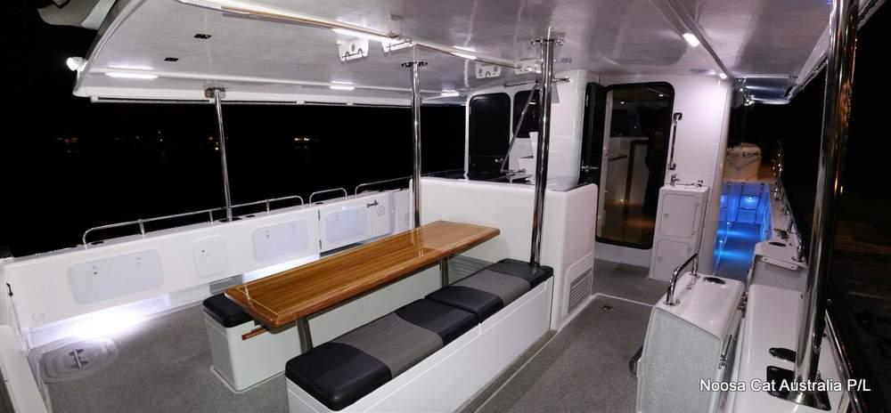 4800 Sportscruiser Flybridge  (16).jpg