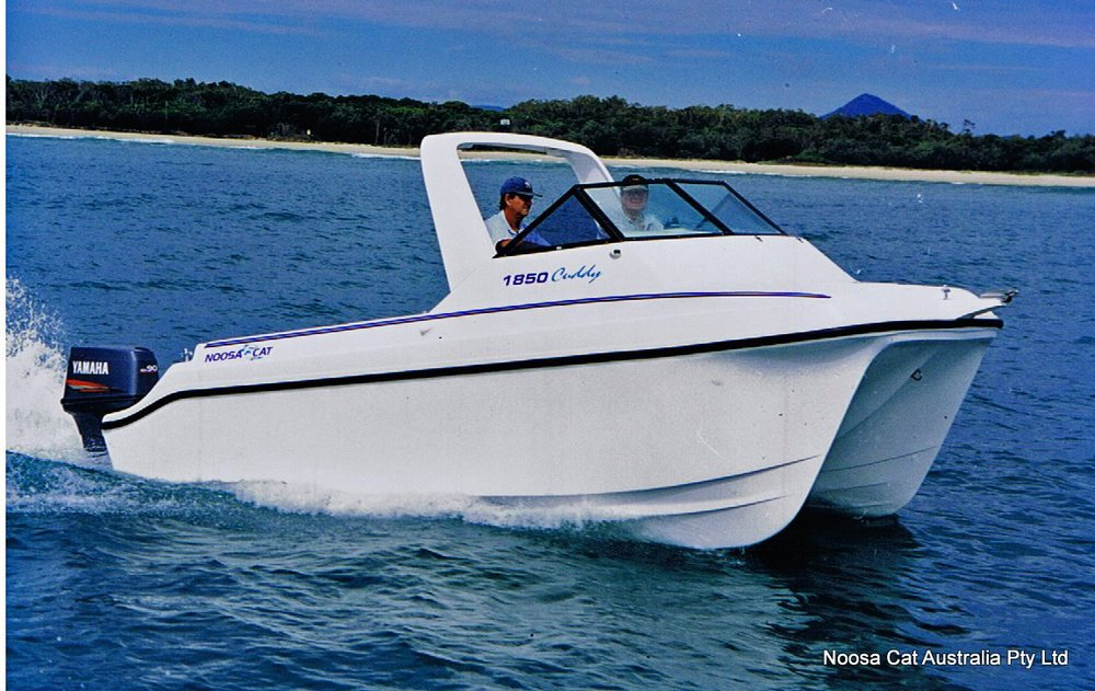 2001-4 Runaway Bay Marine 1439.jpg