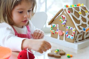 Simple-Gingerbread-House.jpg