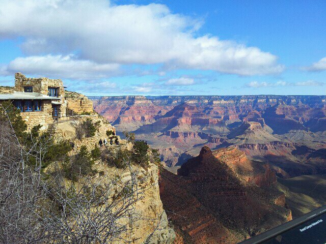 The stunning view from the South Rim