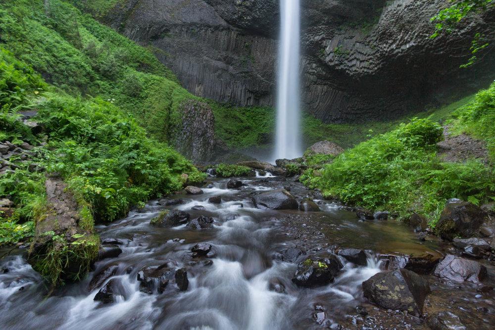 latourell-falls-hike-02102.jpg