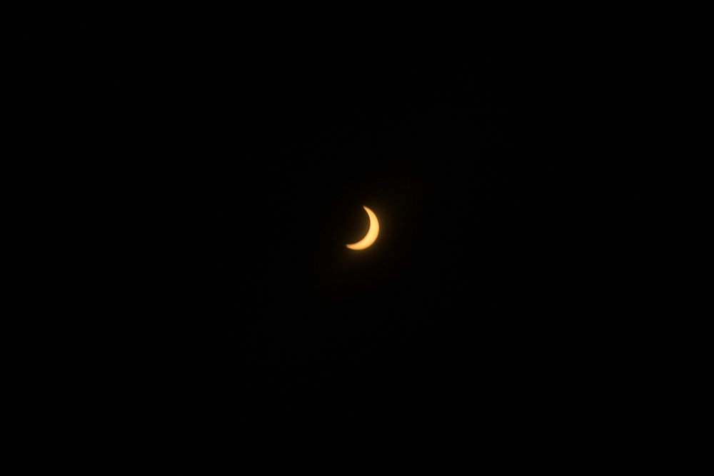 The actual solar eclipse!