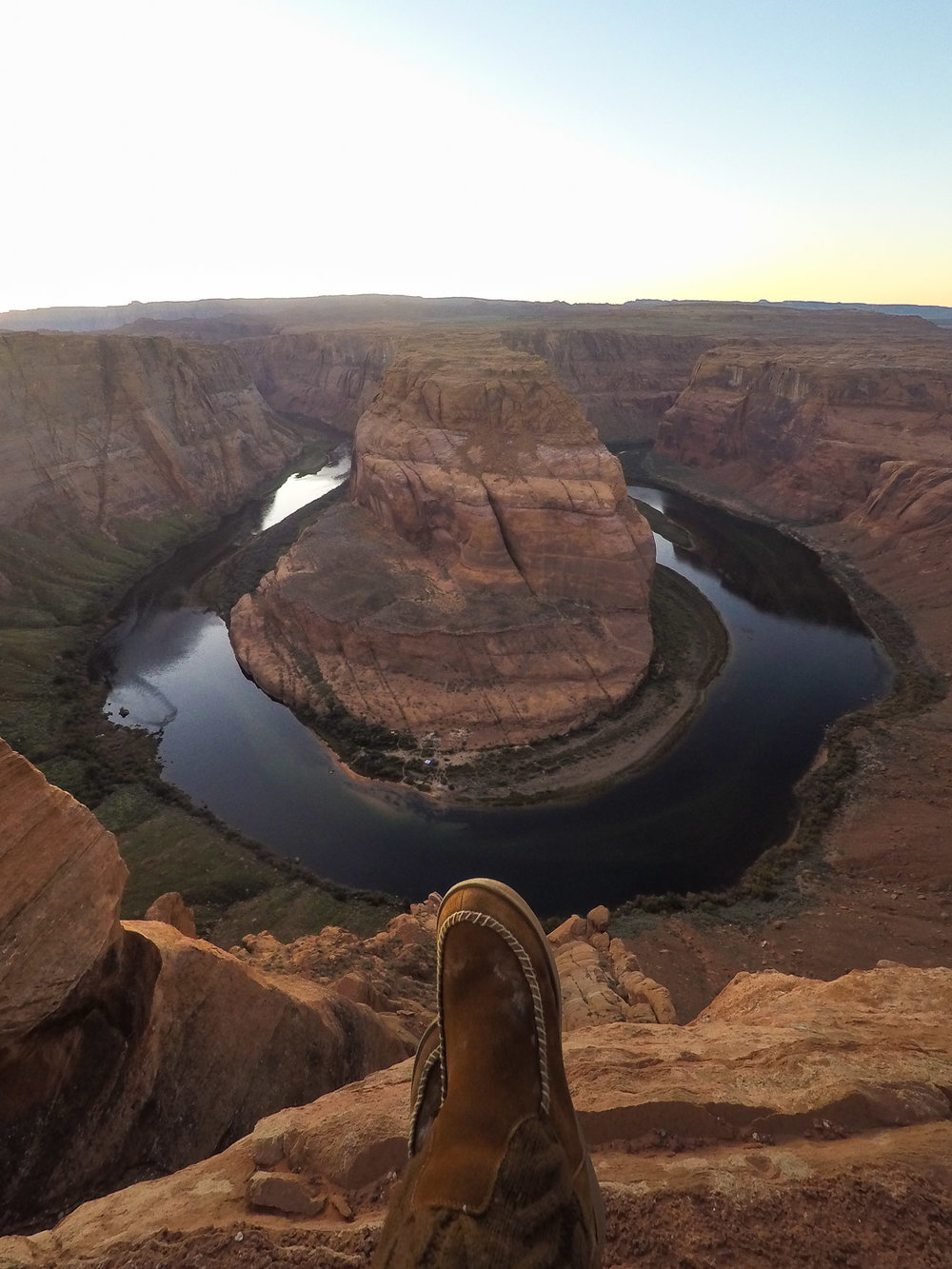 horseshoe-bend-sunset