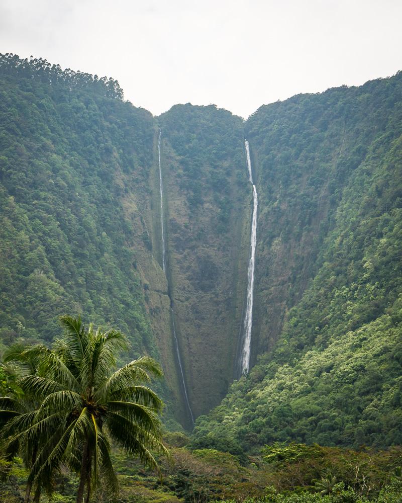 waipio-valley-hiilawe-falls.jpg