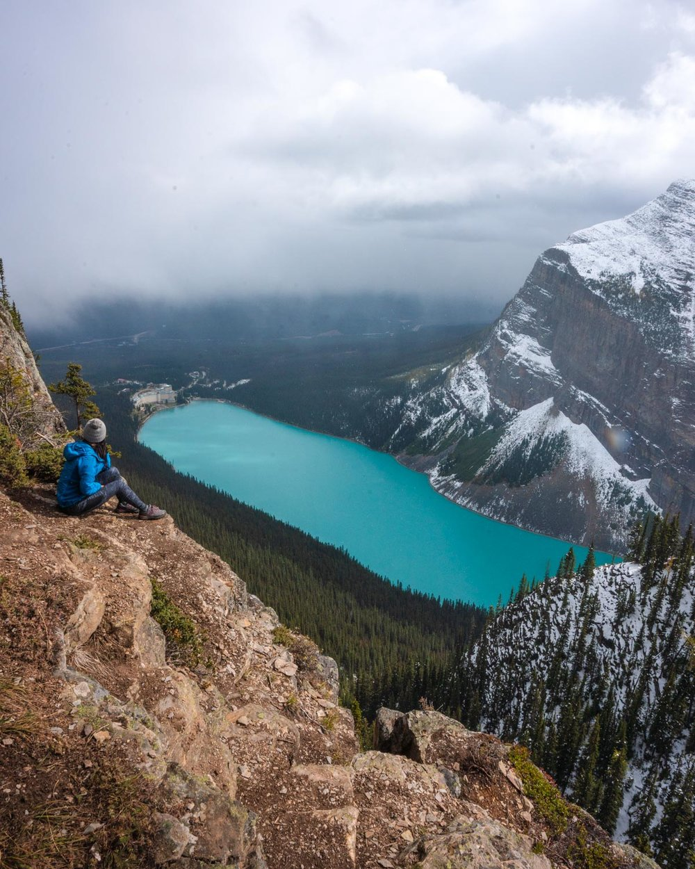 Hiking little beehive in Alberta Canada