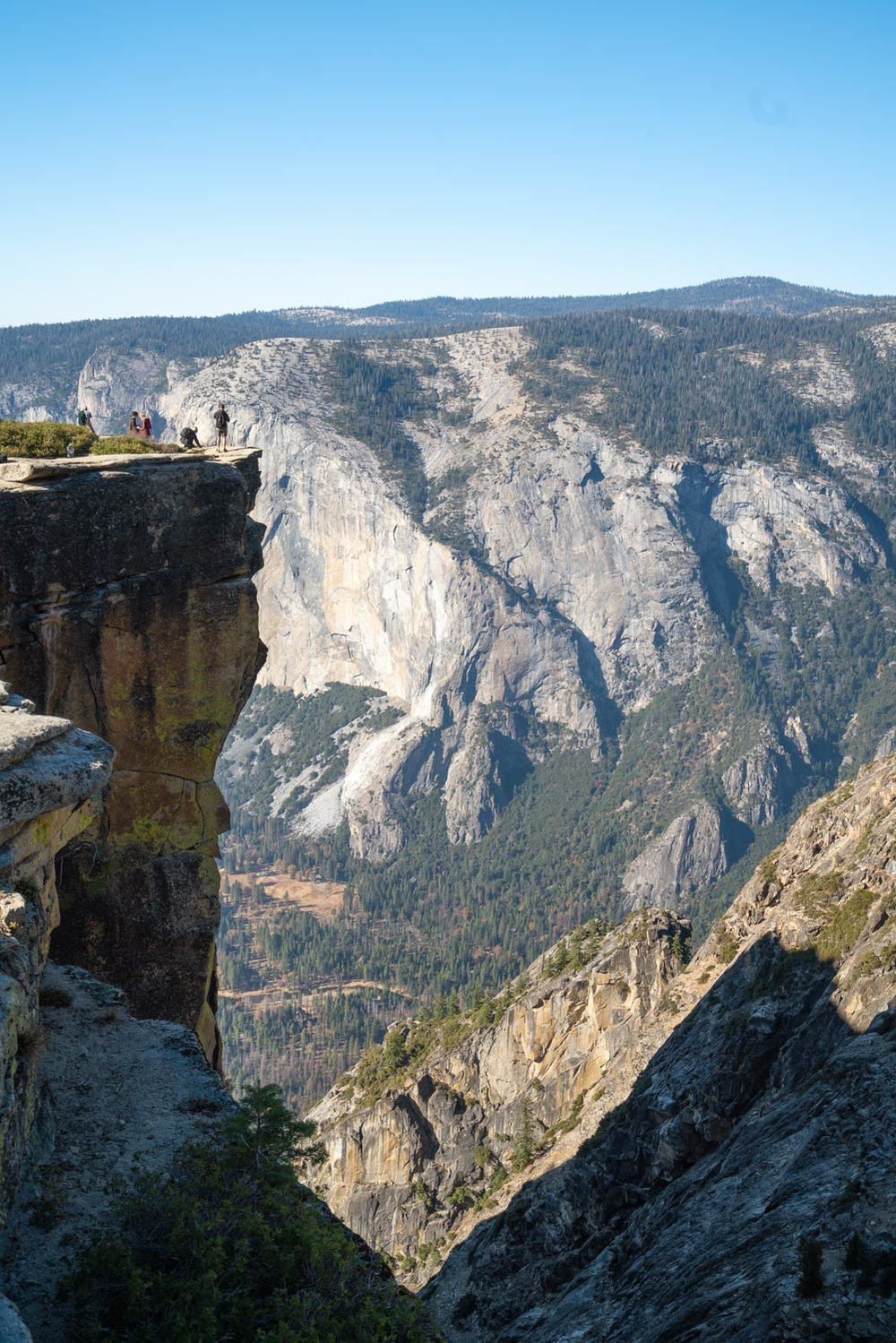 taft-point-fissures-yosemite-hike-305595.jpg