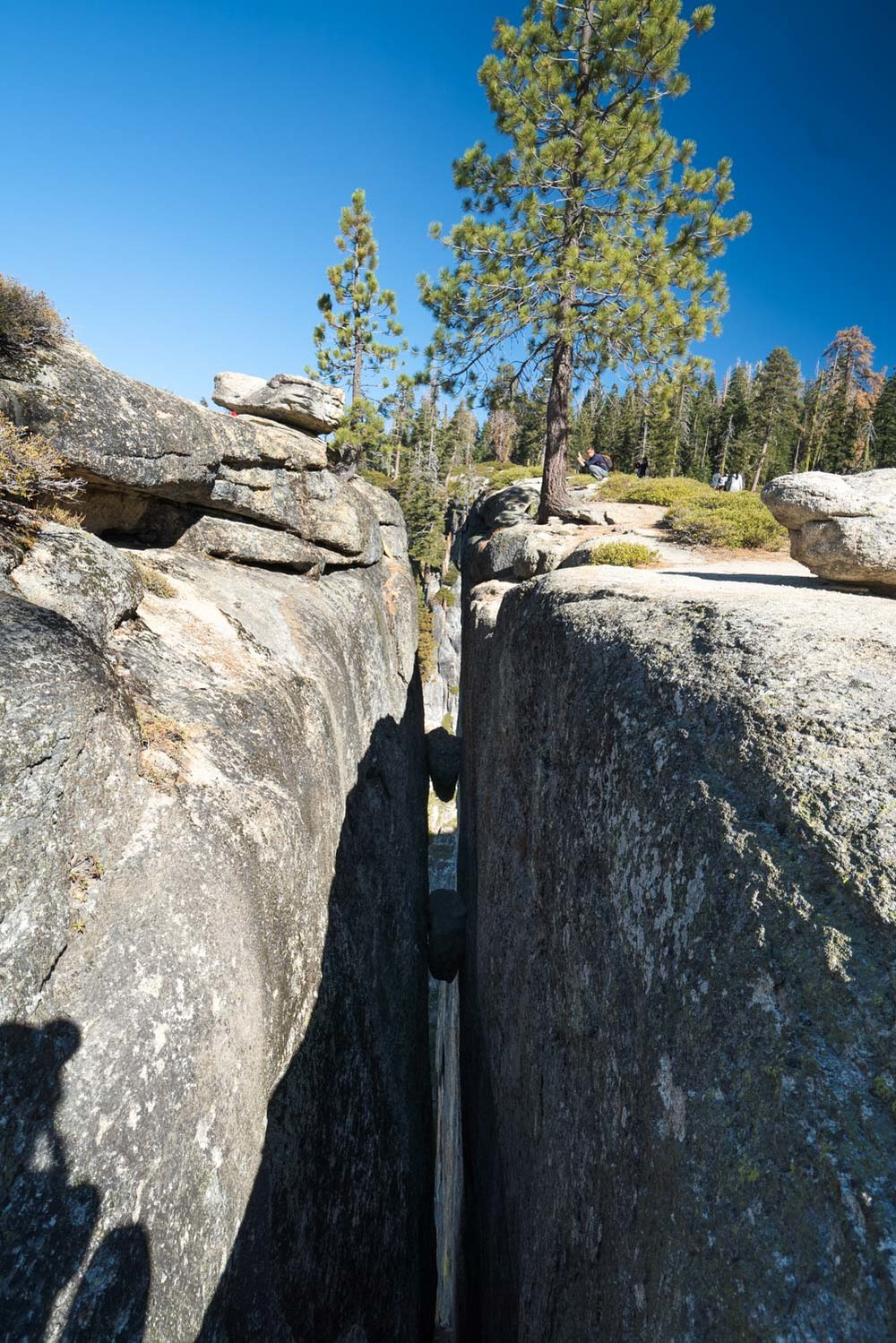 taft-point-fissures-yosemite-hike-305603.jpg
