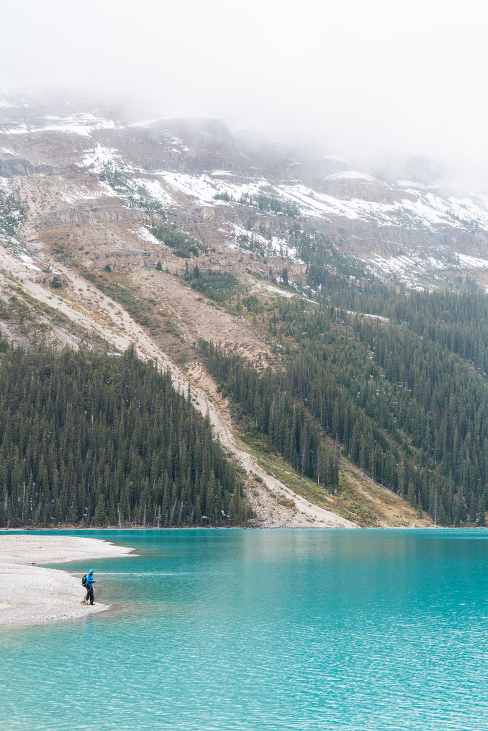hiking-to-peyto-lake-shore-banff-itinerary.jpg