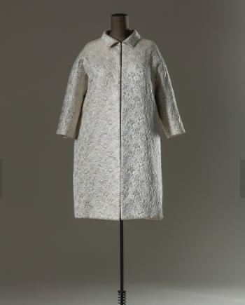 Balenciaga coat. image via  Museo Arte Moderno