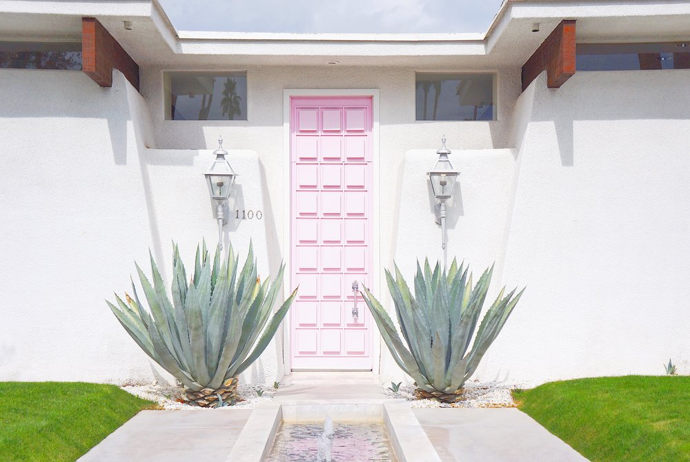 that pink door stuktr studios modernism week