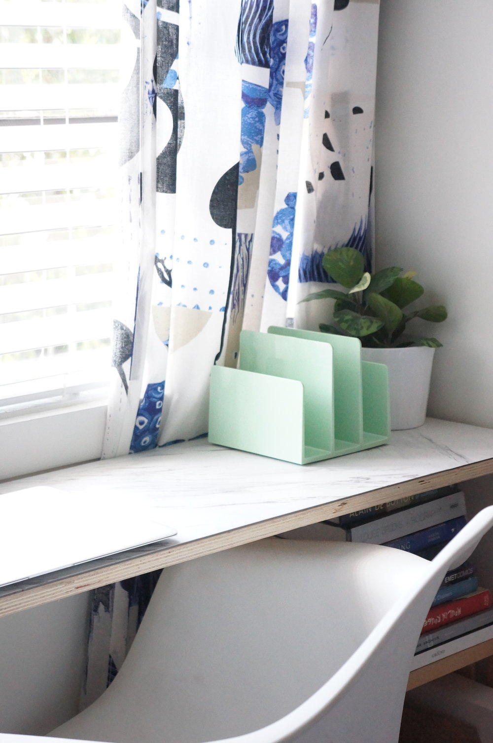 small space marble desk
