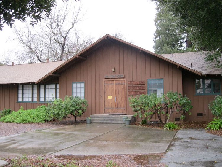 The house Lou Hoover designed for the Girl Scouts in Palo Alto. Image via  The Girl Scouts .