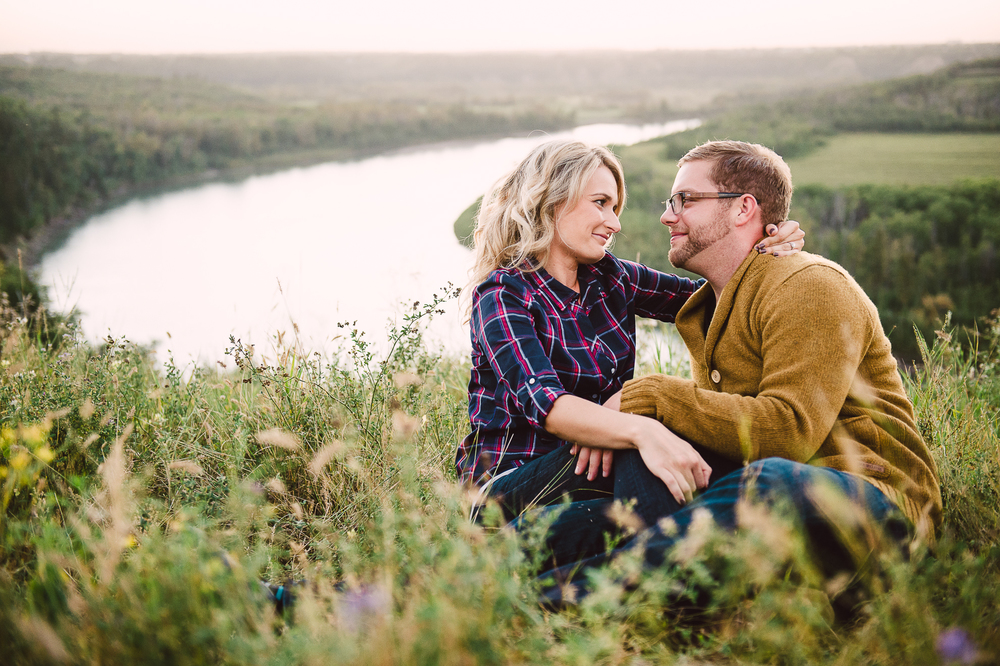 Edmonton Engagement Photographer-37.jpg