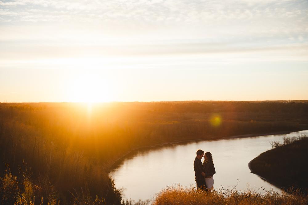 Edmonton Engagement Photographer-46.jpg