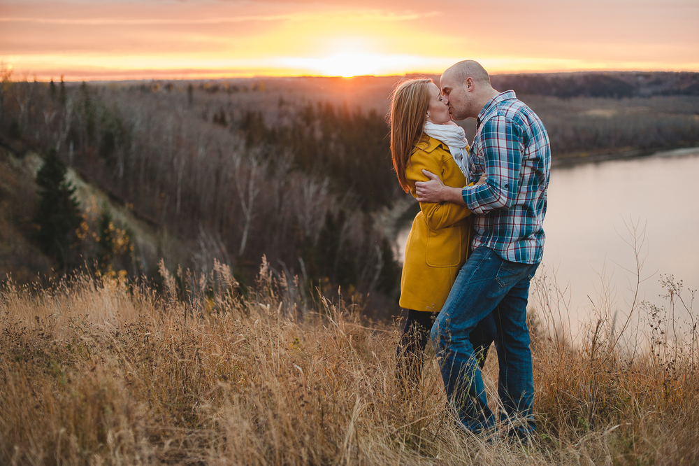 Edmonton Engagement Photographer-51.jpg