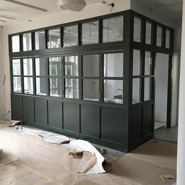 Nya preprummet på plats i skaparverkstaden i #lillaslottet - den nya barnavdelningen på #malmöstadsbibliotek