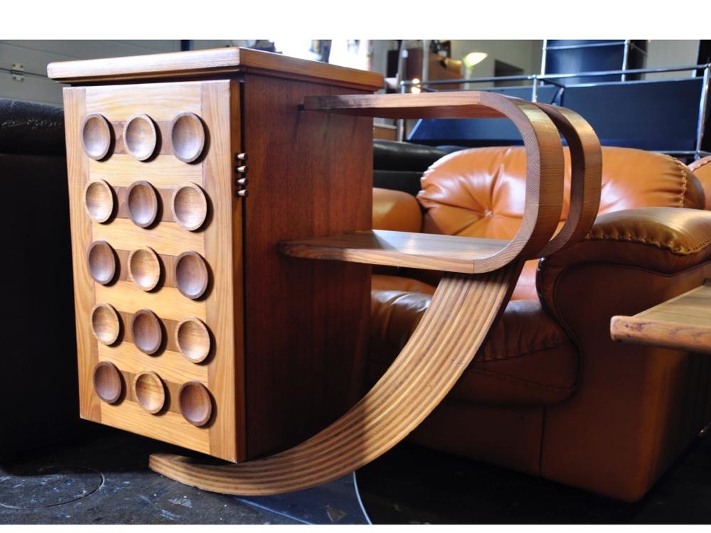 Kastje van verschillende soorten hout uit de jaren '70,€ 495,-.