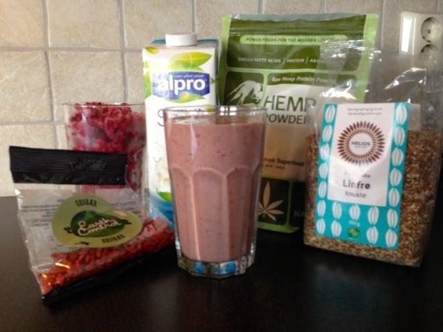 Nå blir det mer soya sjokolademelk og smoothie laget på soyamelk, bær og frø etter neste løpetur!