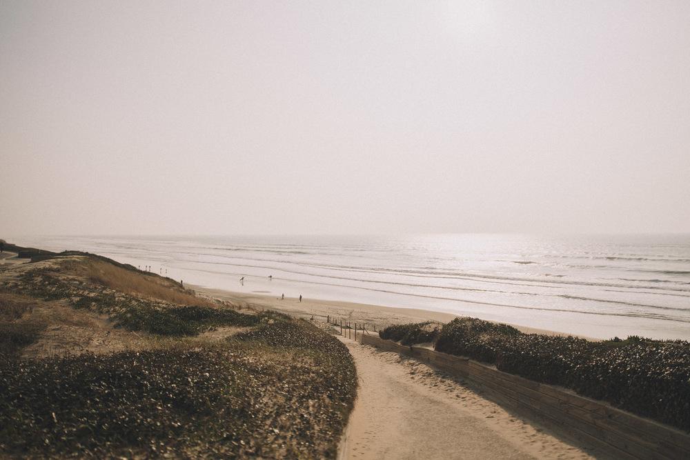 La plage de Biscarrosse vue de loin.